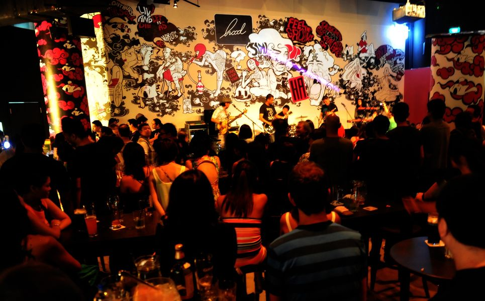 Hood Bar & Cafe dinner and dance venues Singapore 2