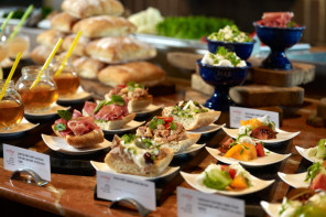 5 catering tips for your company dinner party