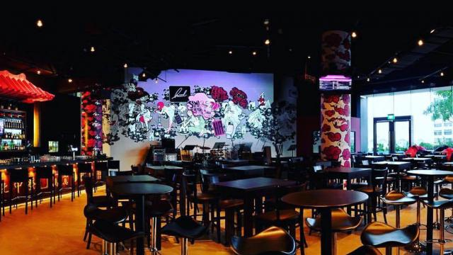 Hood Bar & Cafe dinner and dance venues Singapore 1