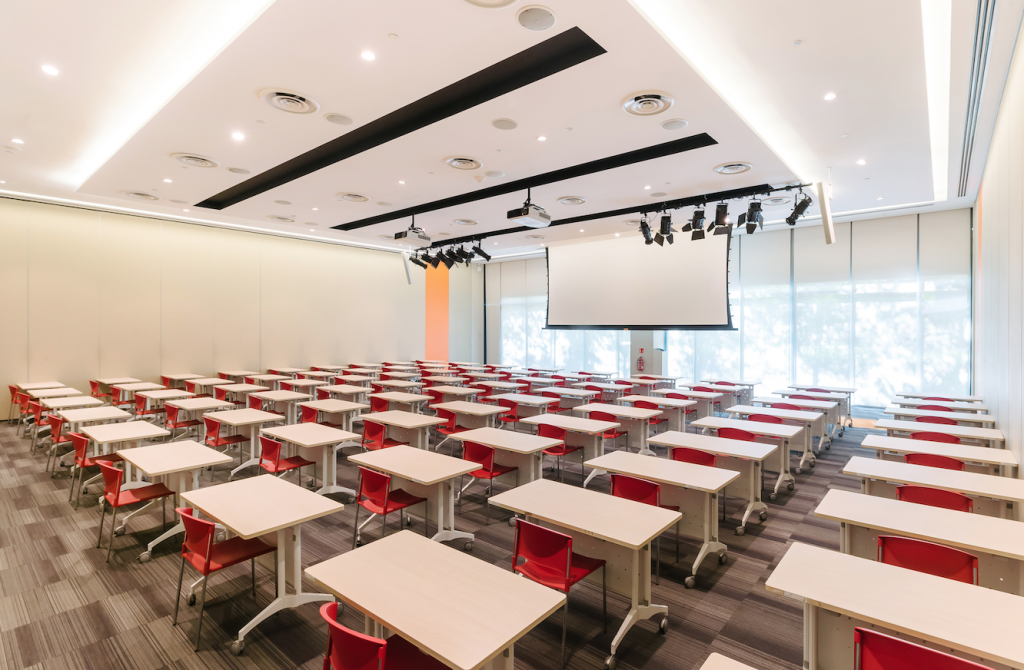 Devan Nair Institute for Employment and Employability classroom for rent Singapore