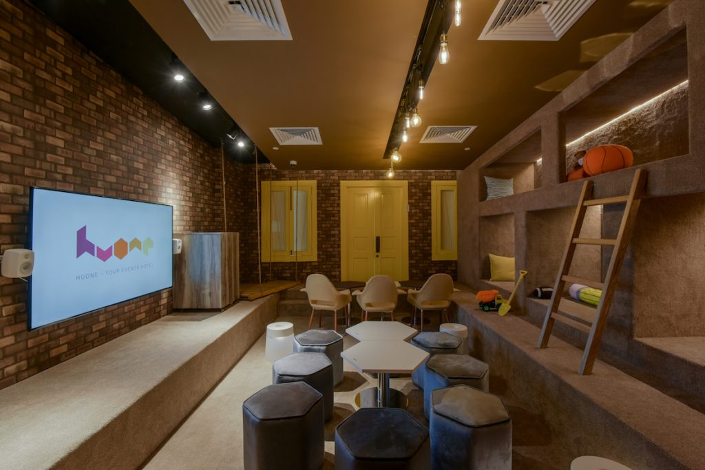 Sandbox @ Huone Events Hotel meeting room for rent Singapore